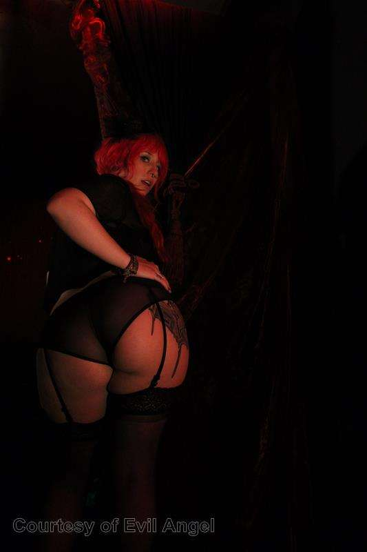 Hard In Love gallery photo 193 out of 206