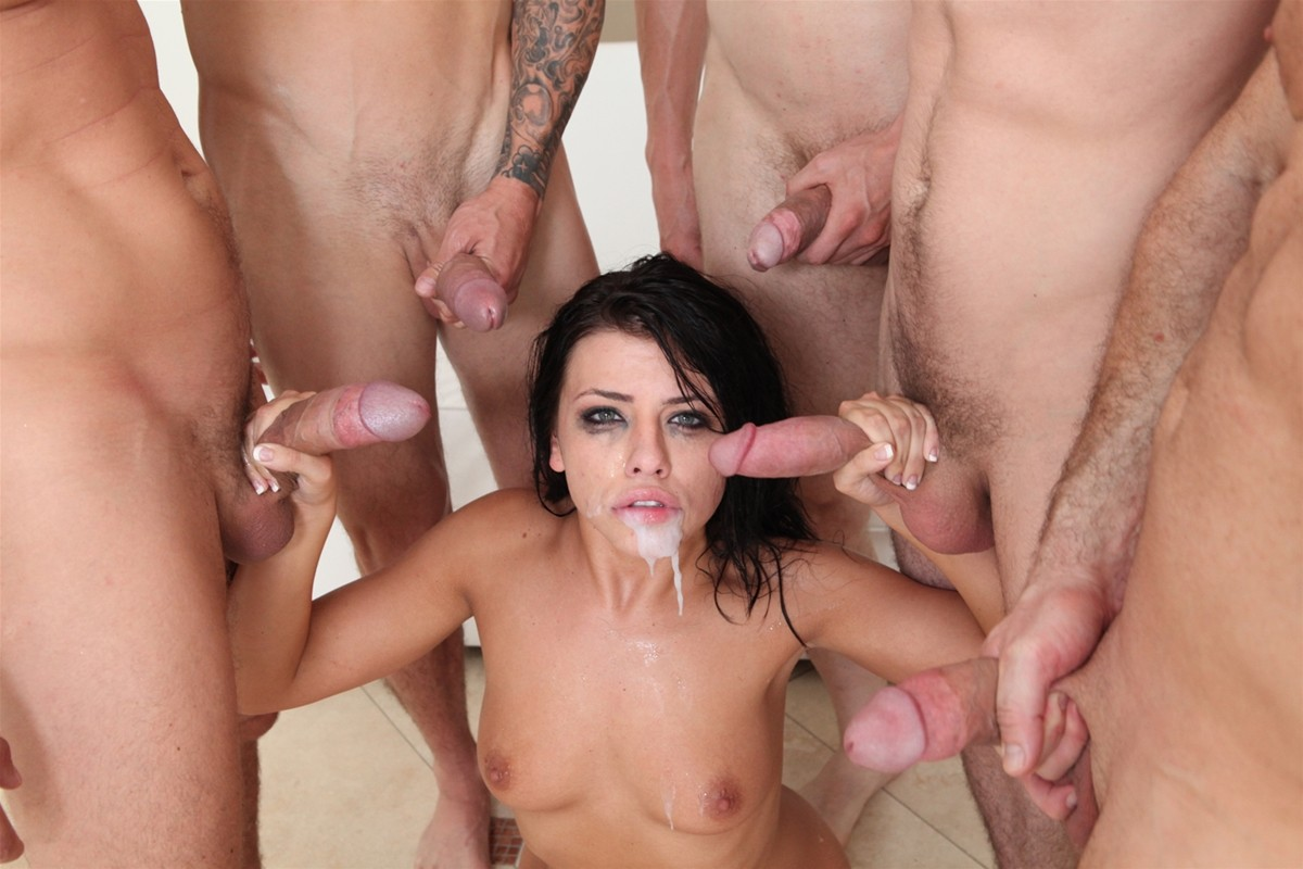 Gangbang Me gallery photo 33 out of 40