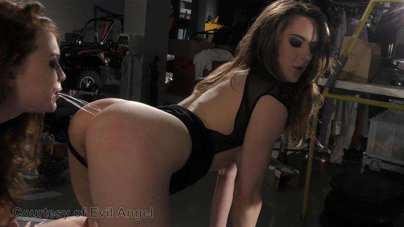 Hard In Love gallery photo 34 out of 206