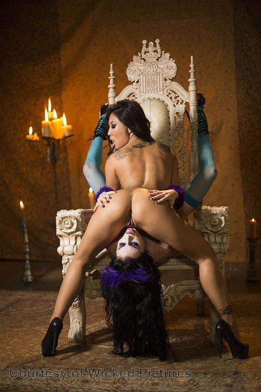 Asa Goes To Hell gallery photo 72 out of 213