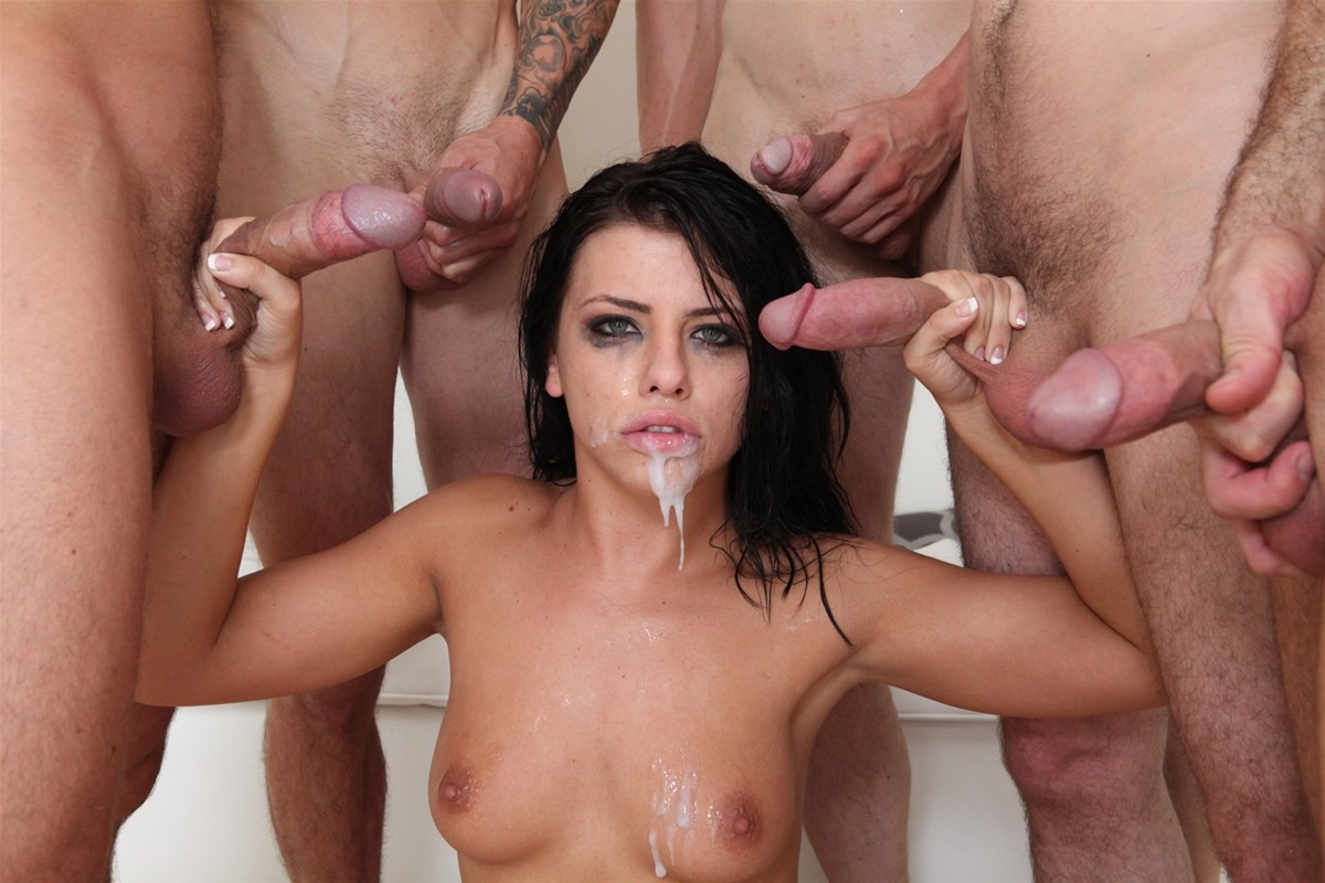 Gangbang Me gallery photo 34 out of 40