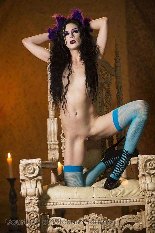 Asa Goes To Hell gallery photo 43 out of 213