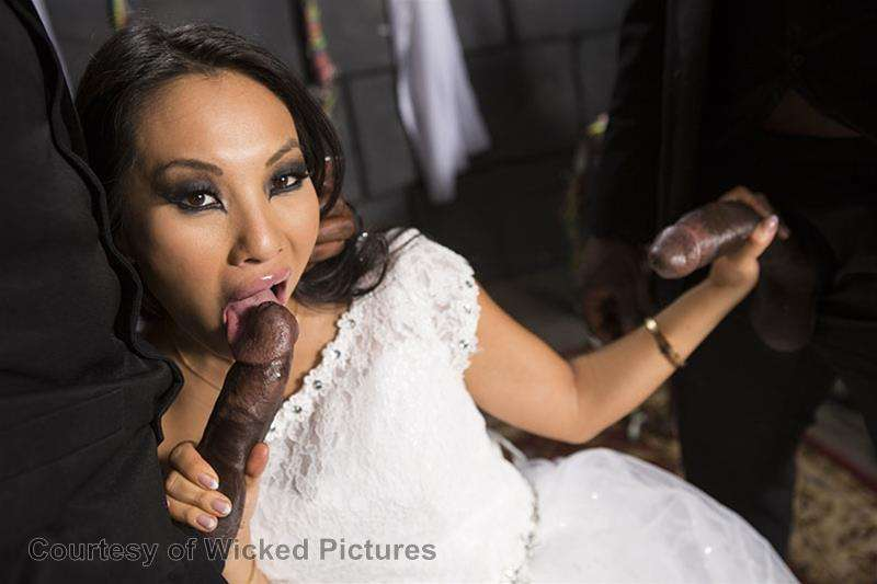 Asa Goes To Hell gallery photo 177 out of 213