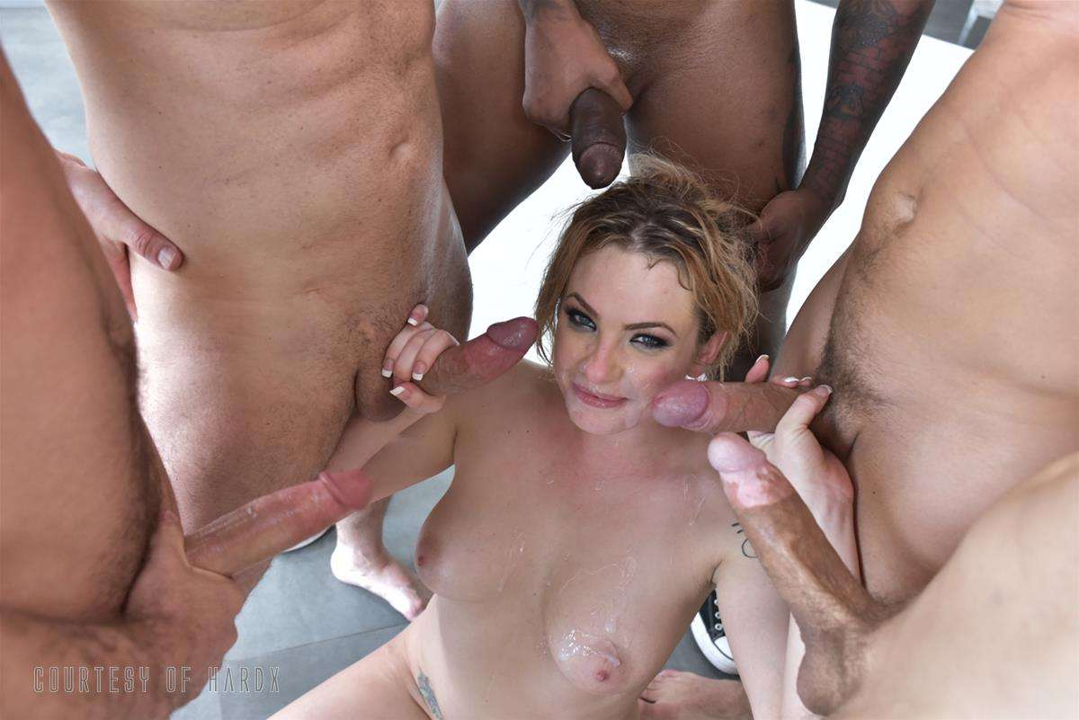Gangbang Me 2 gallery photo 30 out of 39
