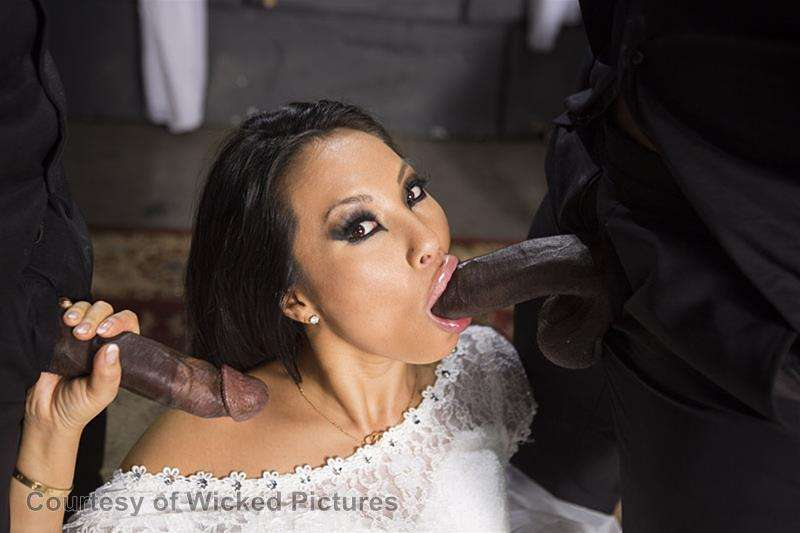 Asa Goes To Hell gallery photo 179 out of 213