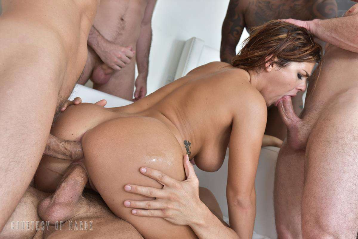 Gangbang Me 2 gallery photo 35 out of 39