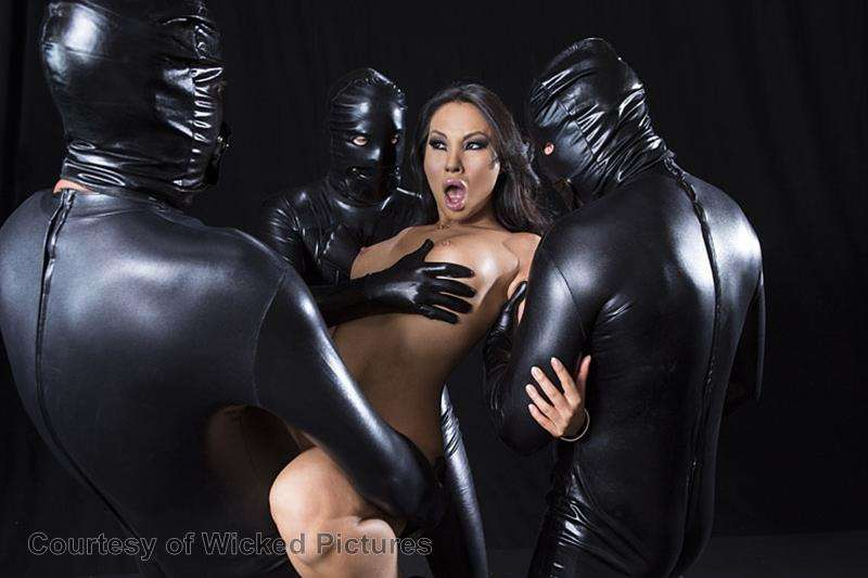 Asa Goes To Hell gallery photo 99 out of 213