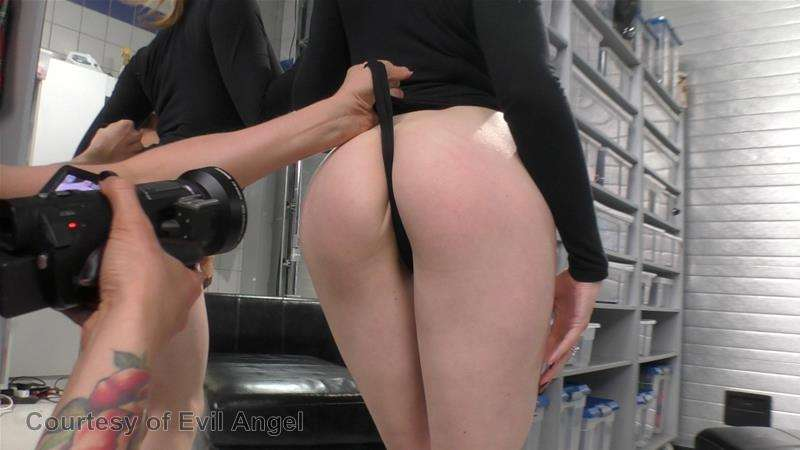 Hard In Love gallery photo 206 out of 206