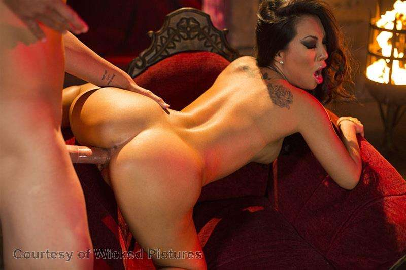 Asa Goes To Hell gallery photo 135 out of 213