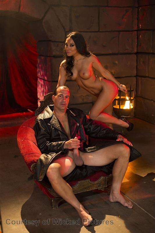 Asa Goes To Hell gallery photo 113 out of 213