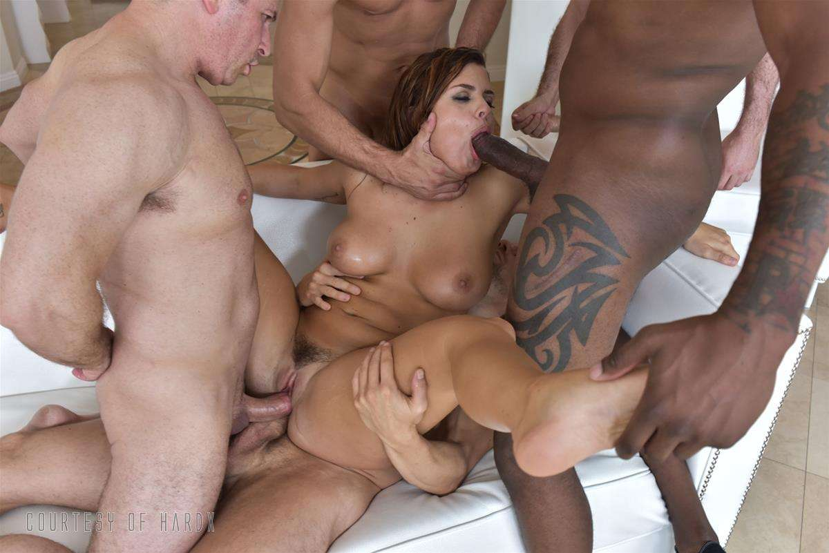 Gangbang Me 2 gallery photo 37 out of 39