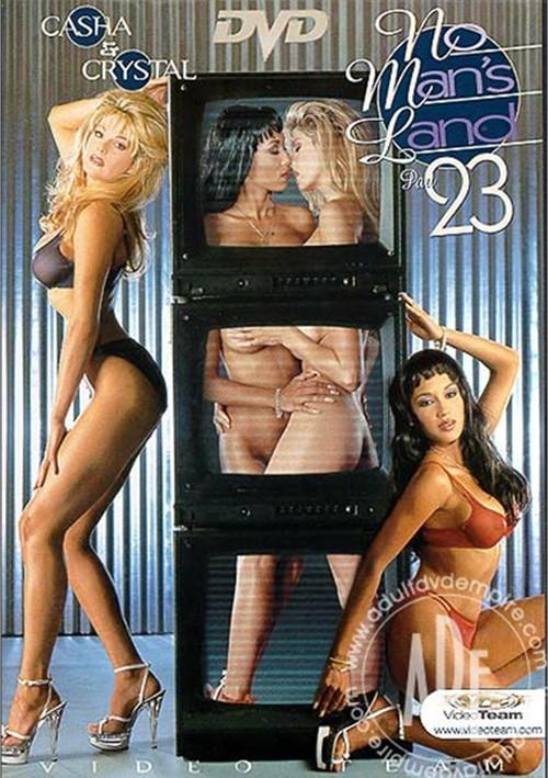 nude pics maui taylor