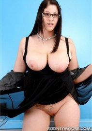 Angel DeLuca Porn Video
