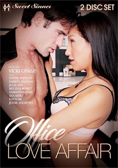Office Love Affair (2018)