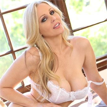 Pornstar Julia Ann is AE's top-ranked pornstar.