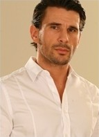 Manuel Ferrara Headshot