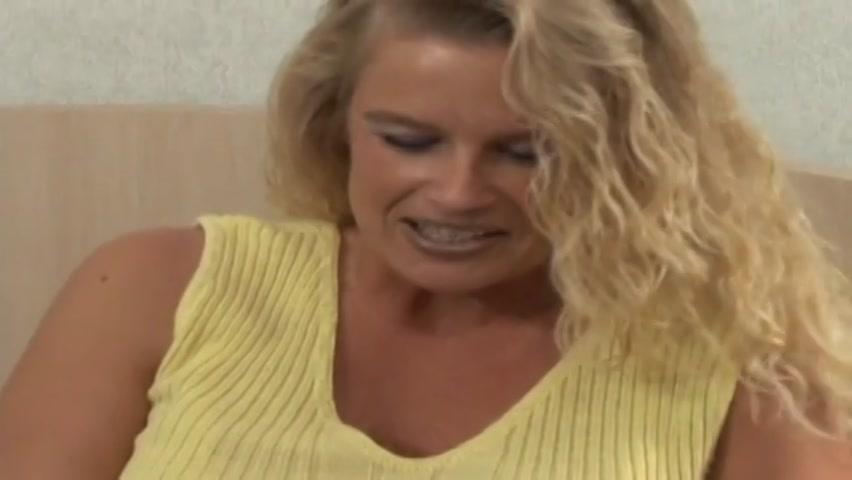 Lesbain fucks orgasam pornstar