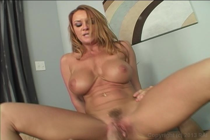 Milf wife creampie