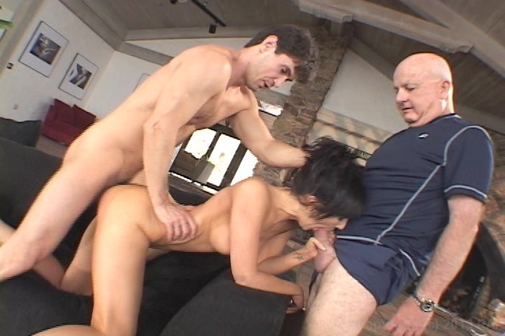 Showing Porn Images For Screw My Wife Threesome Porn  Www -3828