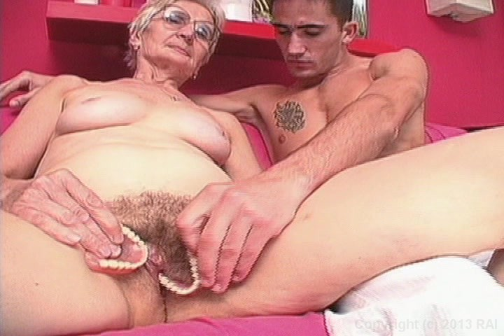 Old woman getting pussy fucked can
