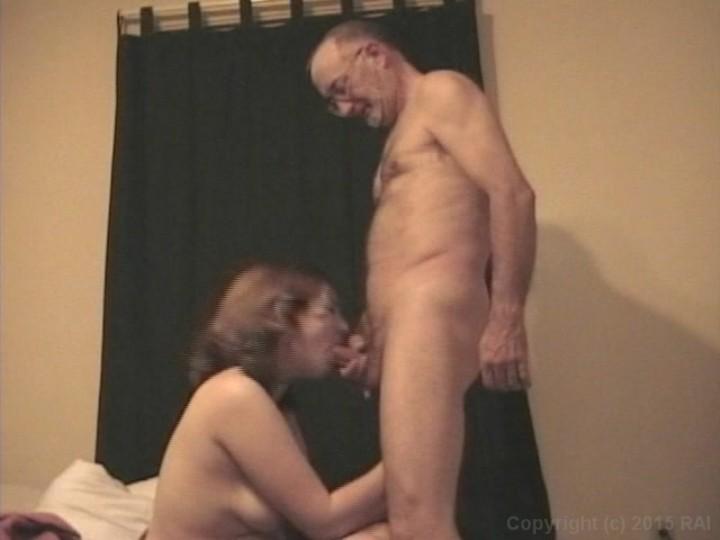 Mature Couple enjoying a Fuck