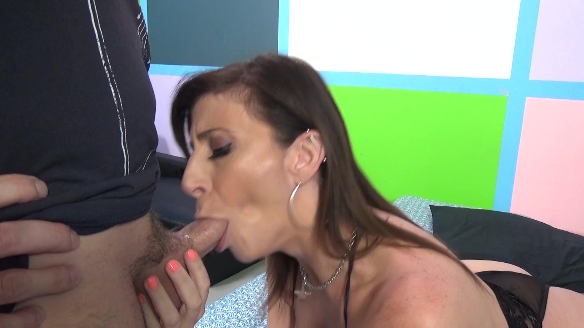 Dick Sucking Contest