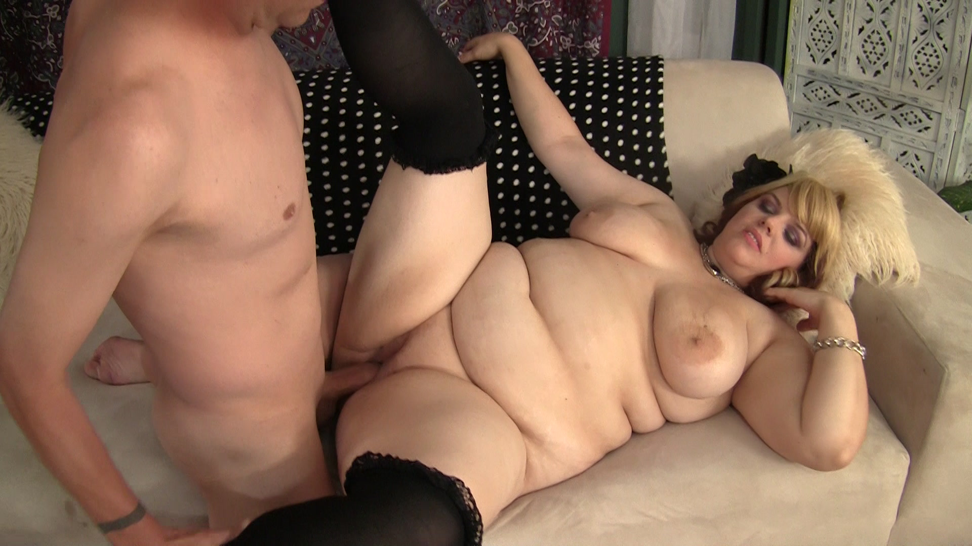 Chubby Chick Loves to Fuck from Plumper Paradise | Eye Candy ...