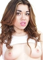 Angelina Mylee Headshot