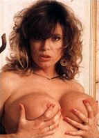 Tracy Adams Headshot