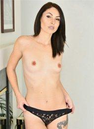 Ashley Wolf