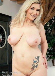 Sandy Big Boobs Image