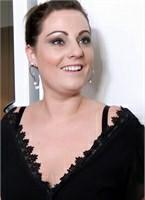 Julie Beauty Image