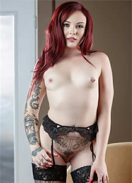 Chloe Carter