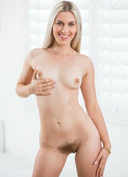 Niki Snow