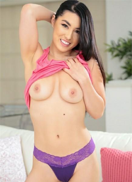 Mina Moon
