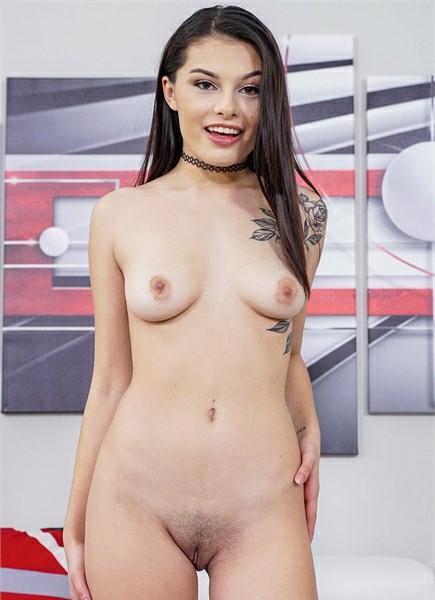Reyna Delacruz