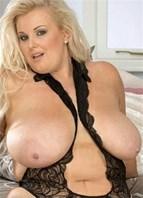Kirsten Halborg Bodyshot