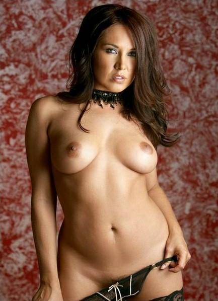 Zoe Britton Bodyshot
