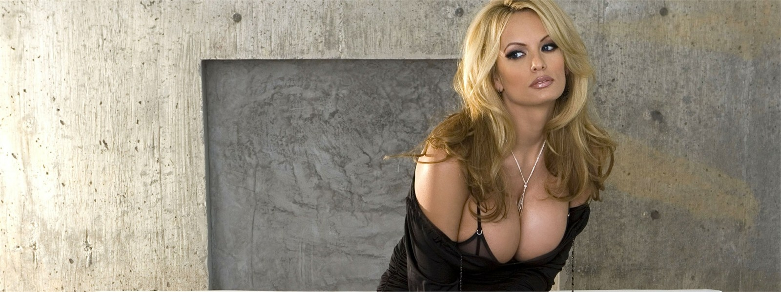 Penthouse sex blonde jill kelly stormy daniels devon
