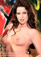 Kelli Tyler Bodyshot