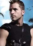 Kris Slater Bodyshot