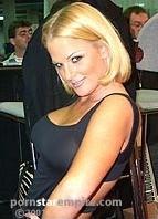 Nikki Tyler Bodyshot