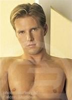 Dave Nelson Bodyshot