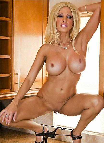 Gina Lynn Bodyshot