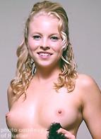 Amber Rain Bodyshot