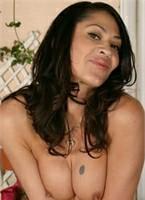 Stephanie Tripp Bodyshot