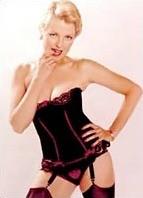 Juliet Anderson Bodyshot