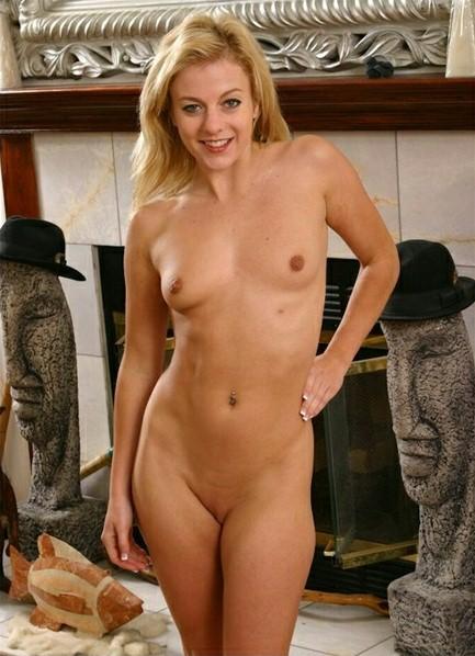 Angela Stone Bodyshot