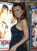 Alexandra Nice Bodyshot
