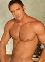 Jason Kingsley Bodyshot